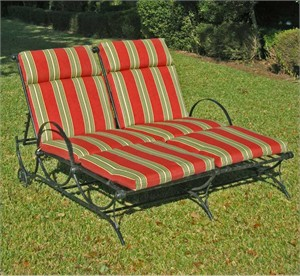 Wrought Iron Double Chaise Lounger