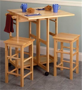 Winsome 89330 Spacesaver breakfast bar with stools