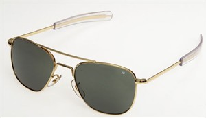 Pilot's Sunglasses : American Optical Original Pilot Sunglass