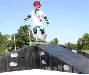 LandWave Expandable Skate Ramp Driveway Kit
