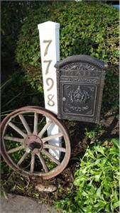 Ecco E6 Victorian Style Locking Mailbox
