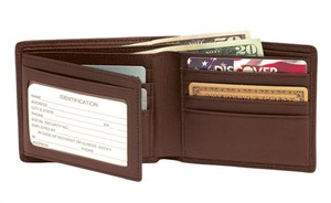 Personalized Leather RFID Block Men's Bi-fold Wallet