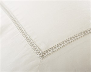 Ambiance 400 Thread Count Cotton Sateen Sheet Set